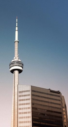 cn-tower-850110_960_720